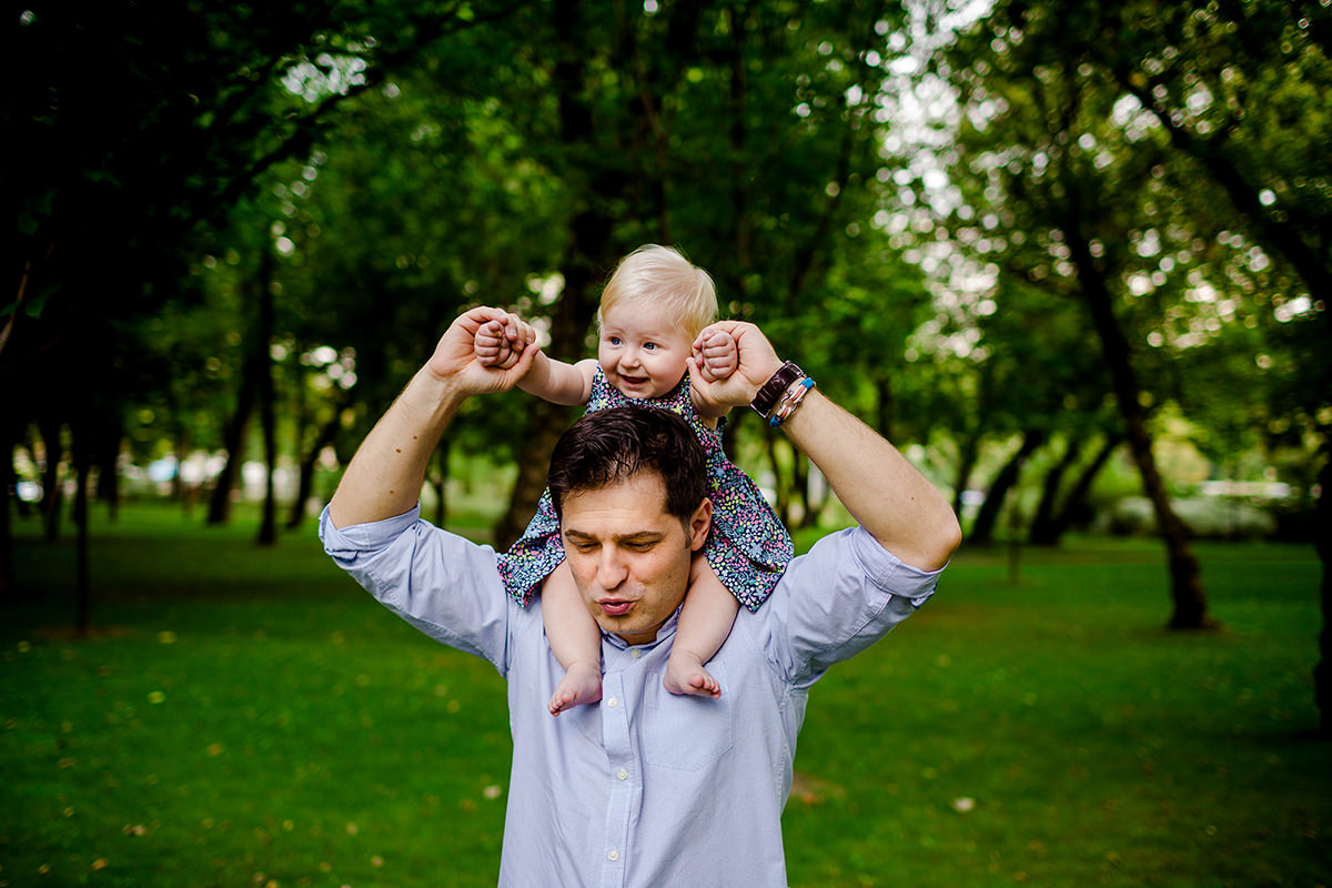 Dad and his girl | Family photography in the park