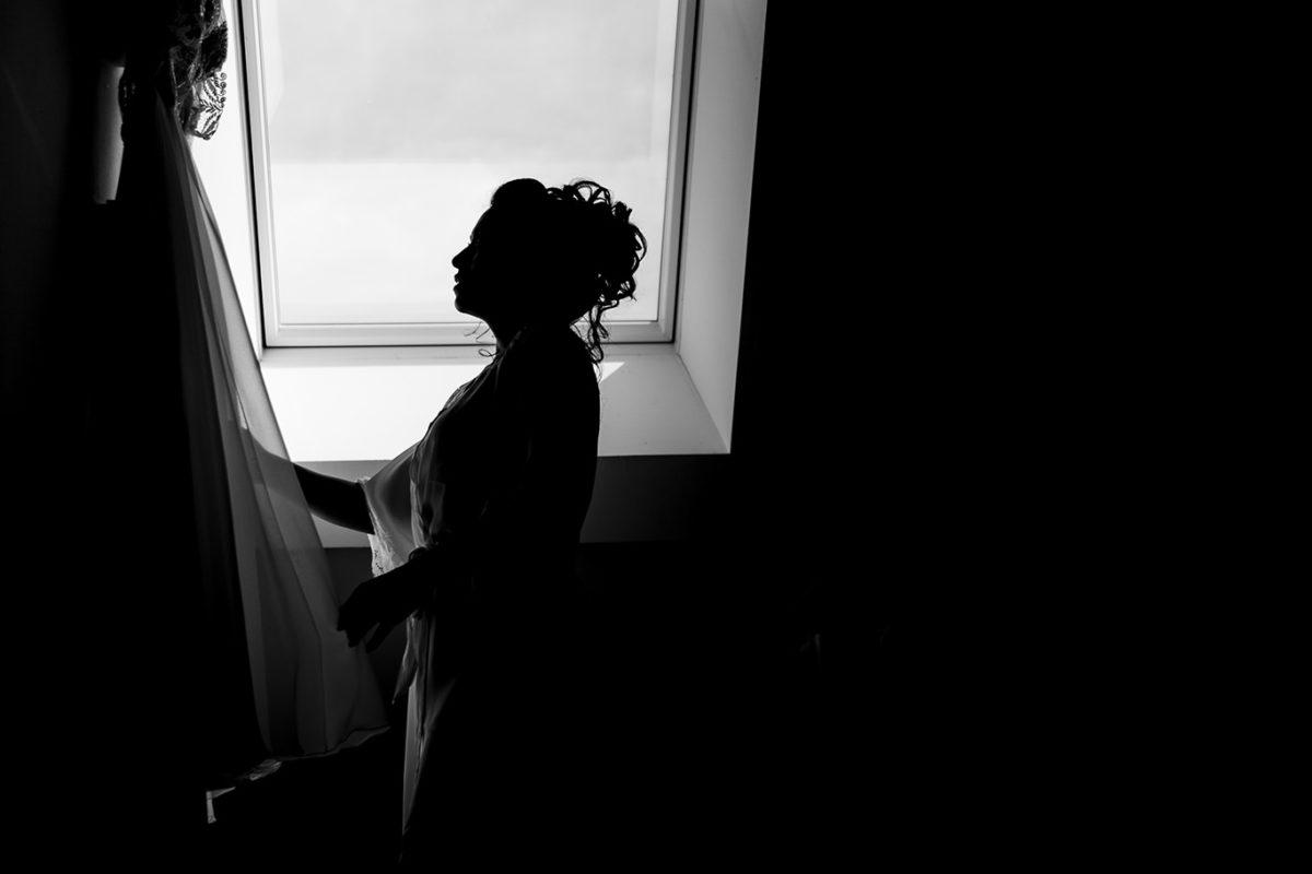 Munich wedding photographer - bride and her dress